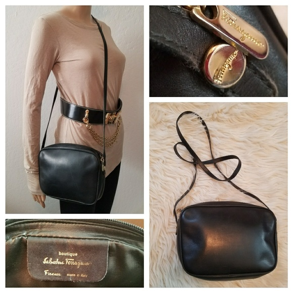 ff14adf4d Vintage SALVATORE FERRAGAMO Crossbody Bag. M_5b84823b95199625fc1e52e9